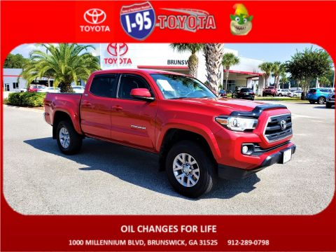Pre-Owned 2017 Toyota Tacoma SR5 4WD Crew Cab Pickup