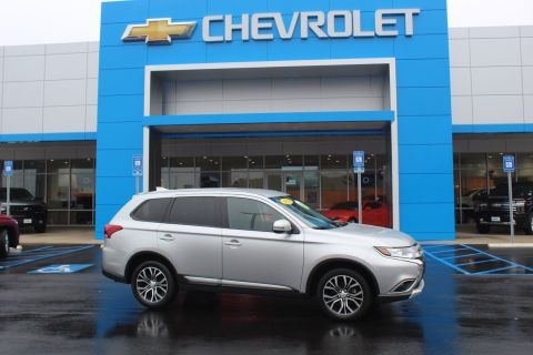 Pre-Owned 2018 Mitsubishi Outlander SE FWD Sport Utility