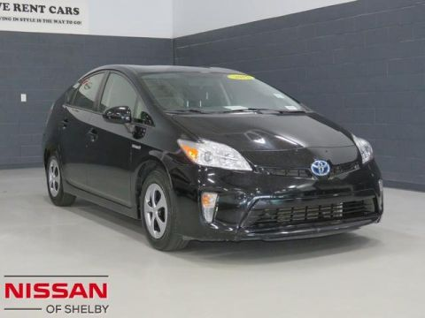 Pre-Owned 2015 Toyota Prius Four FWD Hatchback